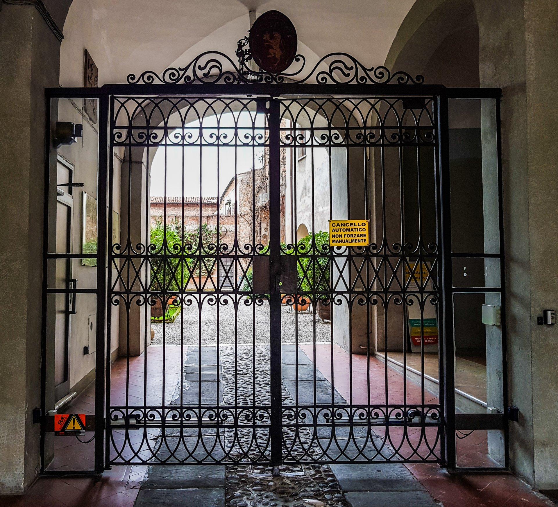 riparazione Fadini cancello a battente elettromeccanico Mantova